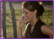 Start een   consult met een helderziende : u kan 4 minuten gratis consult met onze helderzienden hebben bij uw eerste kredietoplading. Maak een gratis account, laad krediet op en ontvang 4 extra minuten consulttijd.